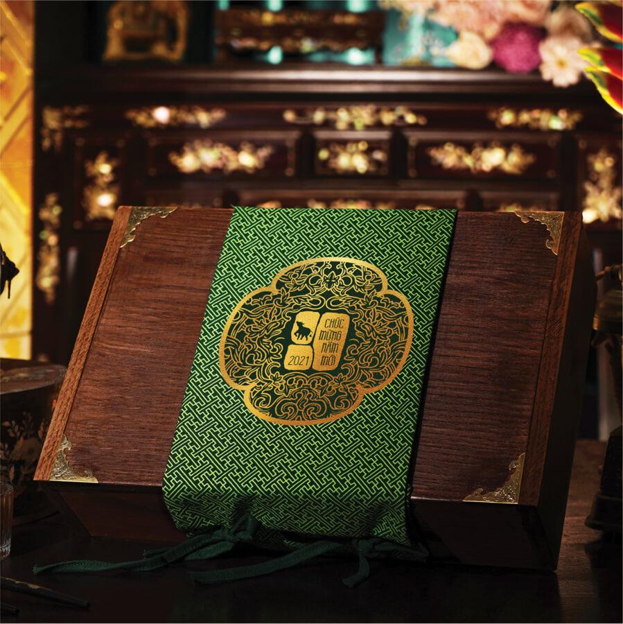 Hộp quà Tần Lanh