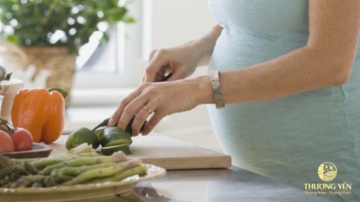 Mẹ bầu ăn gì để sinh con khỏe và đẹp như thiên thần