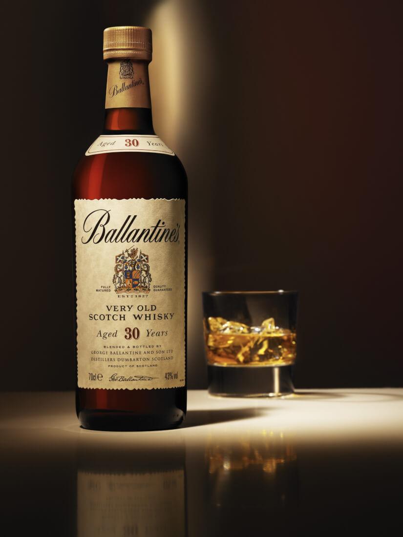 Chọn rượu Ballantines 30 làm quà tặng doanh nghiệp