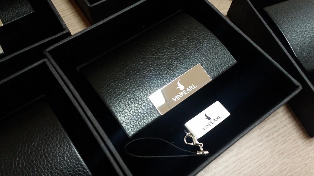 Mách doanh nghiệp cách phân biệt các loại quà tặng khách hàng